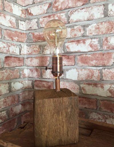 oud eiken bloklamp