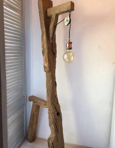 oud eiken lamp