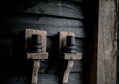 oud eiken wandkandelaren
