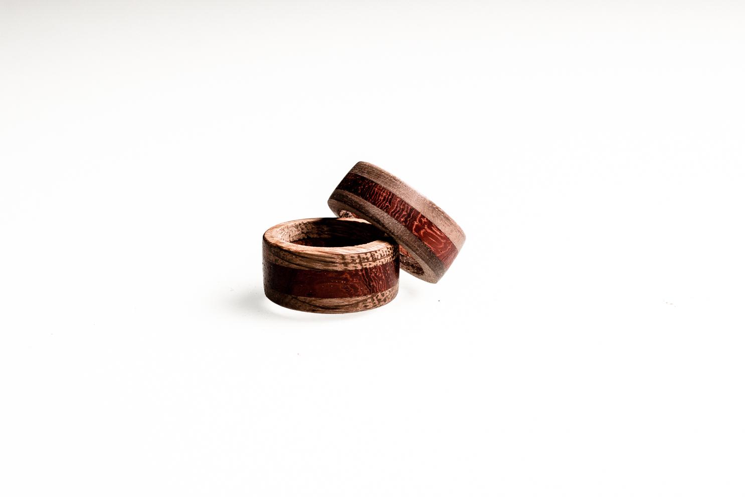 Magnifiek Houten sieraden: handgemaakte ringen, kettinghangers en armbanden @HJ08
