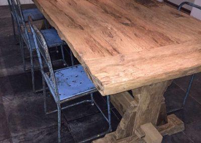 oud eiken tafel